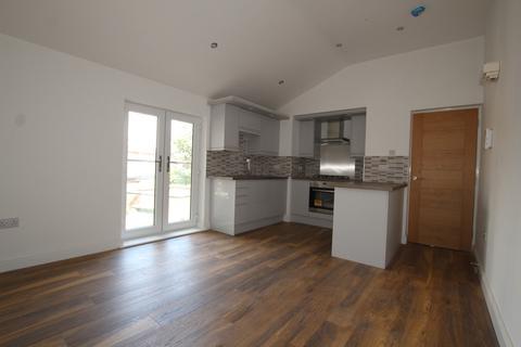 2 bedroom flat to rent - Hicks Road, Waterloo, Liverpool, L22