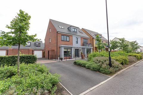 6 bedroom detached house for sale - Elford Avenue, Greenside, Gosforth
