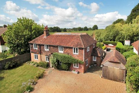 5 bedroom detached house for sale - Goudhurst Road, Marden, Kent, TN12 9NB
