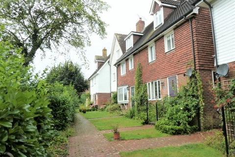 4 bedroom mews to rent - Frythe Way, Cranbrook