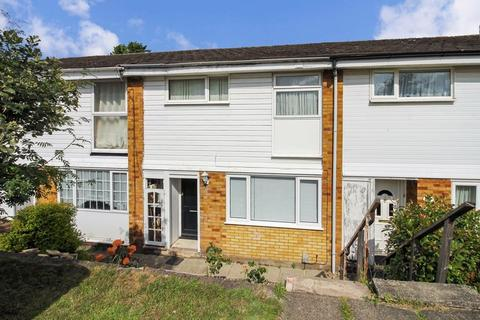 3 bedroom property to rent - Buchanan Drive, Luton