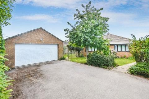 3 bedroom bungalow for sale - LONGWICK