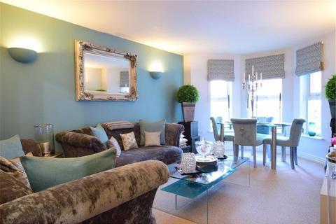 2 bedroom flat to rent - Knightsbridge Court, 179-183 Upper Grosvenor Road, Tunbridge Wells, TN1 2ER