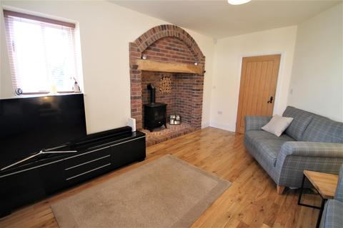3 bedroom semi-detached house for sale - Hall Road, Rugeley