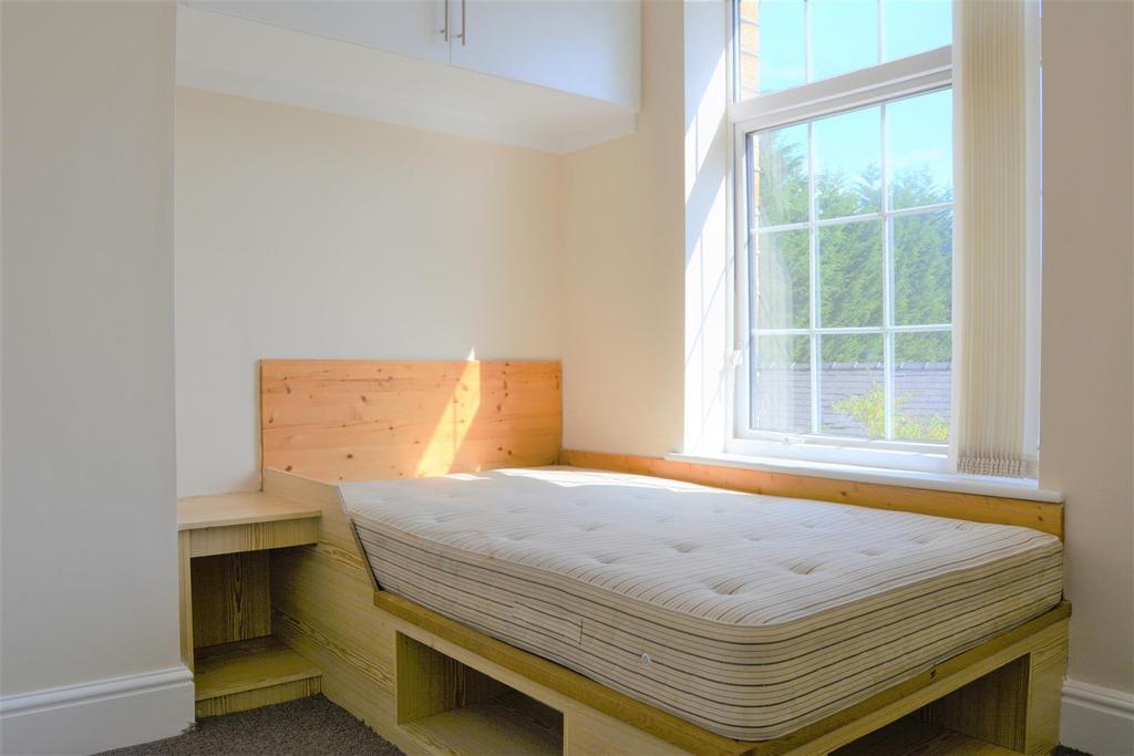 Corby Street Birkby Huddersfield 3 Bed Terraced House