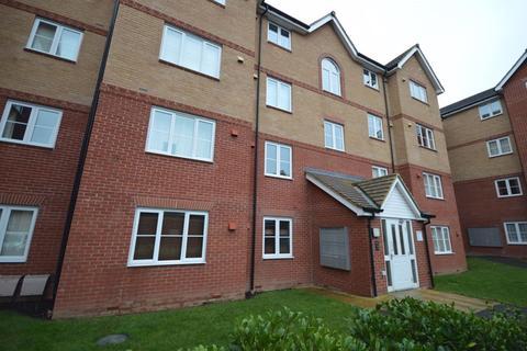 2 bedroom flat to rent - Twickenham Close, Nythe