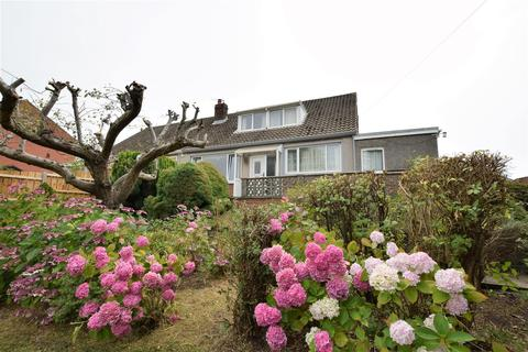 6 bedroom semi-detached bungalow for sale - Claude Road West, Barry