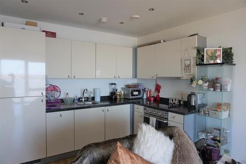2 bedroom apartment - 19 Princes Parade, Liverpool