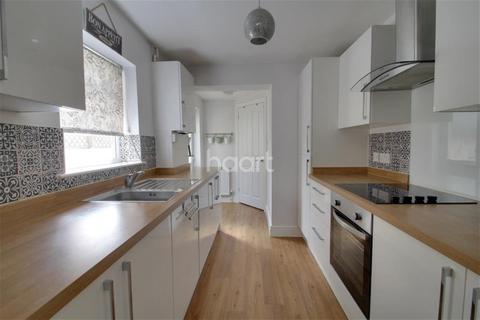 3 bedroom terraced house to rent - Windsor Road, Gillingham, ME7