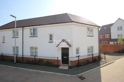 3 bedroom semi-detached house for sale - Shoebridge Drive, Boughton Monchelsea, Maidstone