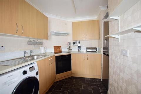 1 bedroom flat for sale - Coombe Valley Road, Dover, Kent