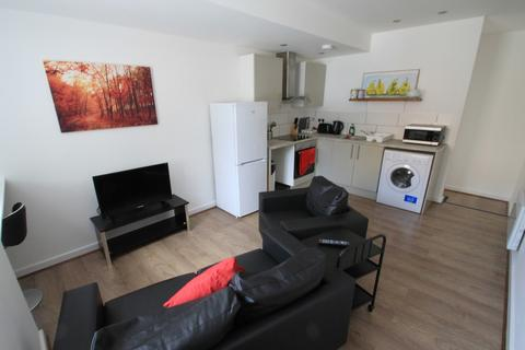 2 bedroom apartment to rent - Queen Street, Leicester