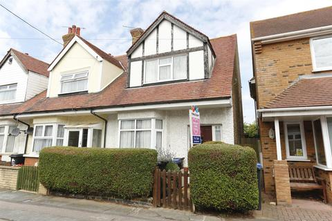 3 bedroom end of terrace house for sale - Mayville Road, Broadstairs
