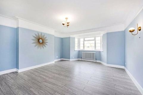 3 bedroom apartment for sale - Streatham Court, Streatham High Road, SW16