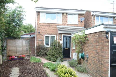 3 bedroom detached house for sale - Cornflower Drive, Springfield, Chelmsford