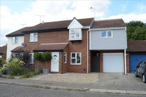 3 bedroom semi-detached house for sale - Burton Place, Chelmer Village, Chelmsford