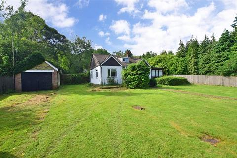 3 bedroom detached bungalow for sale - Knatts Valley Road, West Kingsdown, Sevenoaks, Kent