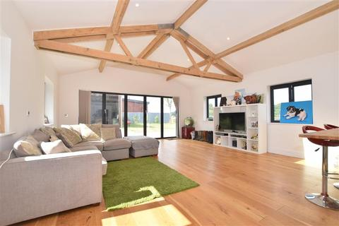 3 bedroom detached bungalow for sale - Old House Lane, Hartlip, Sittingbourne, Kent