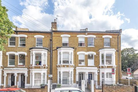 2 bedroom flat for sale - Saltoun Road, Brixton