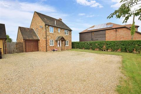 4 bedroom detached house for sale - School Lane, Stourmouth, Canterbury, Kent