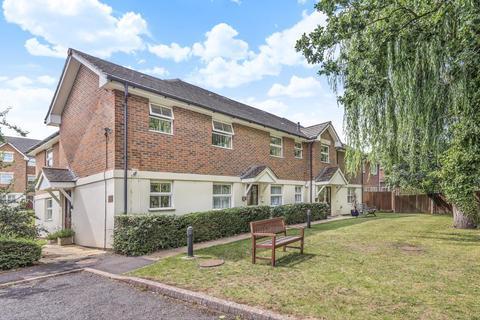 2 bedroom retirement property for sale - Lightwater, Surrey, GU18