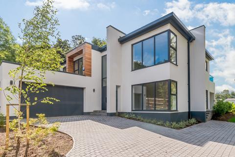 4 bedroom detached house for sale - Old Malden Lane, Old Malden, KT4