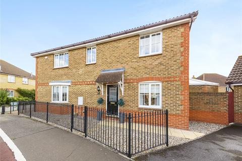 3 bedroom semi-detached house for sale - Quale Road, Chelmsford, Essex, CM2