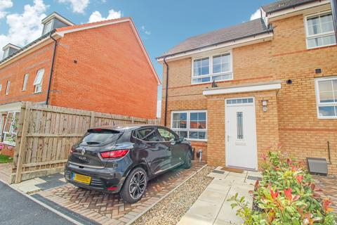 2 bedroom semi-detached house for sale - Lilac Crescent, Blakelaw, Newcastle upon Tyne, Tyne and Wear, NE5 3QU