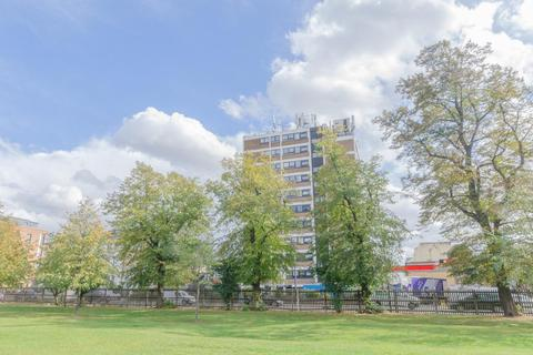 1 bedroom flat for sale - Park House,N4. New Instruction