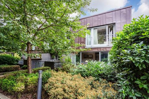3 bedroom mews for sale - Copperfield Mews, Bethnal Green, E2