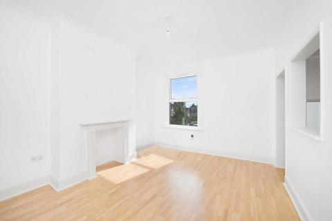 2 bedroom flat to rent - Montana Road, Tooting, SW17