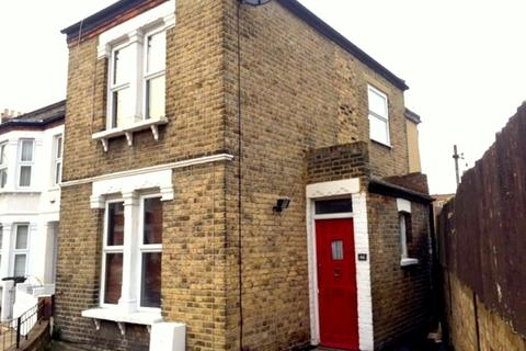 2 bedroom house to rent - Woodlands Park Road, London, SE10