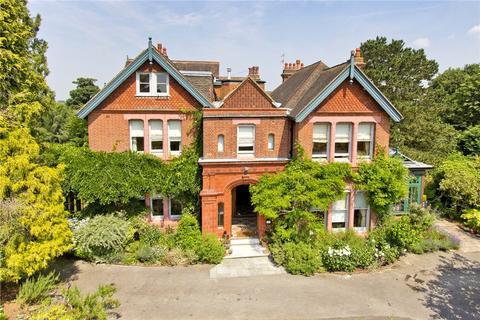 5 bedroom semi-detached house for sale - Manor Park, Tunbridge Wells, Kent, TN4