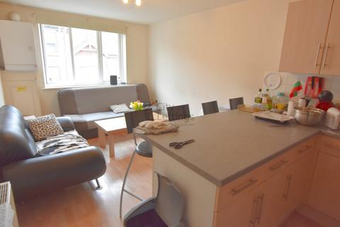4 bedroom flat to rent - Radford Road, Hyson Green