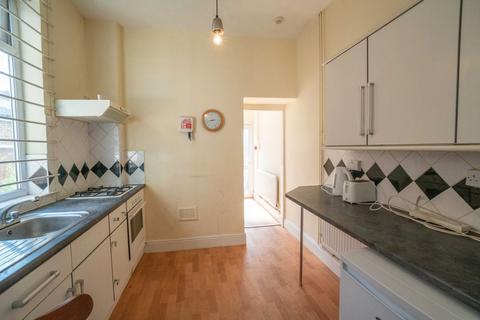 1 bedroom villa to rent - Double Student Room - Off London Road