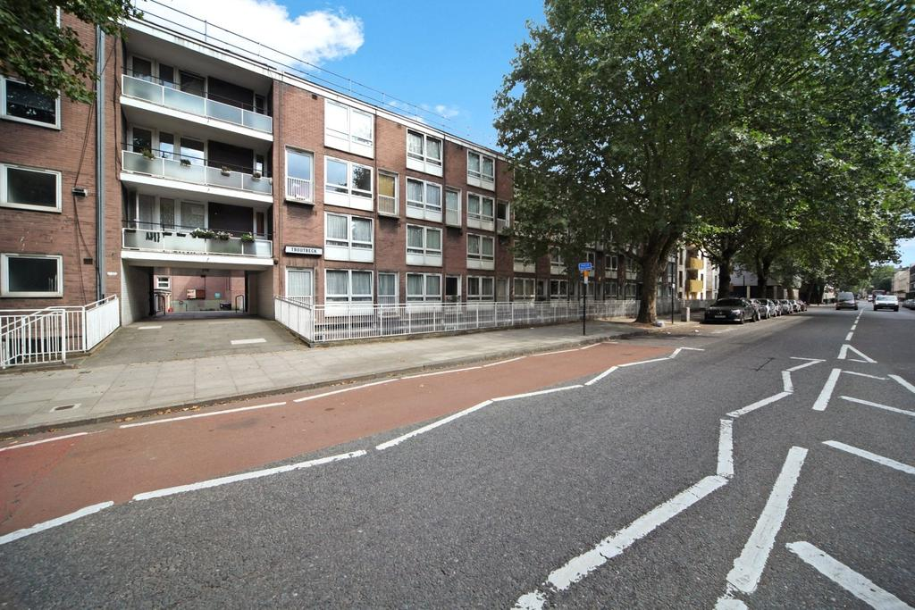 Troutbeck, Albany Street, London, NW1 3 bed flat for sale ...