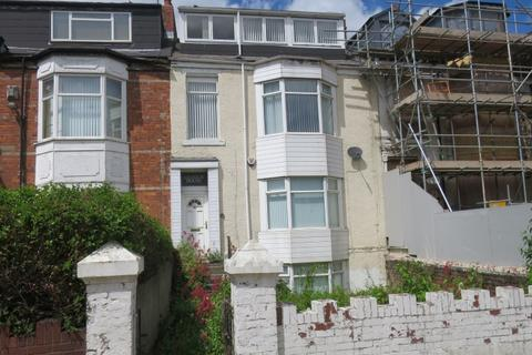 4 bedroom terraced house for sale - Beach Road,  South Shields,  NE33 2LZ