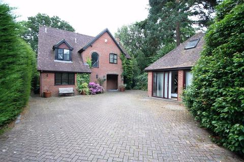4 bedroom detached house to rent - Newbury