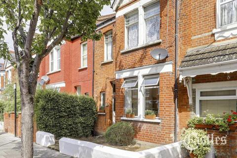 2 bedroom maisonette for sale - Lyndhurst Road, London, N22