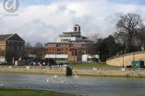 2 bedroom apartment to rent - Castle Quay, Bedford