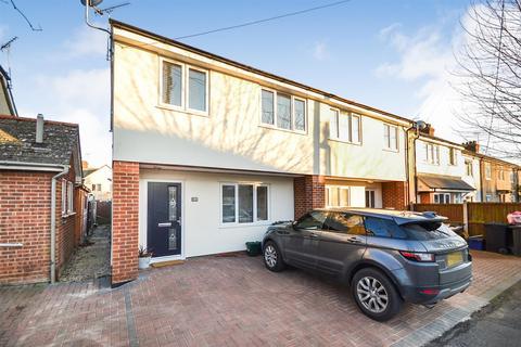 3 bedroom semi-detached house to rent - Dorset Road, Burnham-on-Crouch
