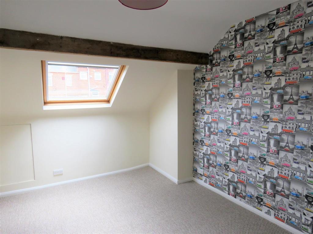 Kirkstone rd 47 attic..jpg