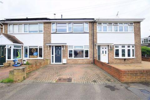 3 bedroom terraced house for sale - Arun, East Tilbury, Essex