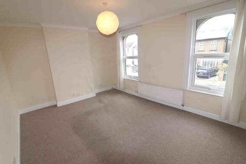 2 bedroom flat to rent - Birkbeck Road, Beckenham