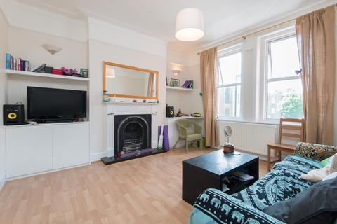 2 bedroom flat to rent - Bavent Road, Brixton, SE5