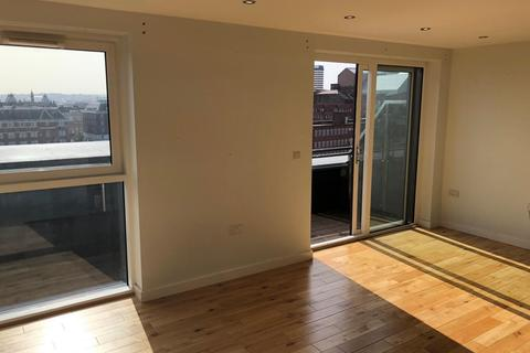 2 bedroom penthouse to rent - Tate Hous, New York Road, Leeds, LS2 7QW