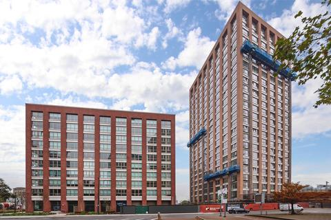 1 bedroom apartment to rent - Royal Captain Court, Blackwall Reach, Canary Wharf E14