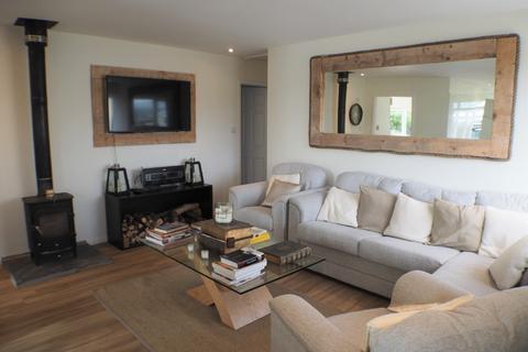 3 bedroom bungalow to rent - Pencaerfenni Park, Crofty, Swansea, SA4 3SG