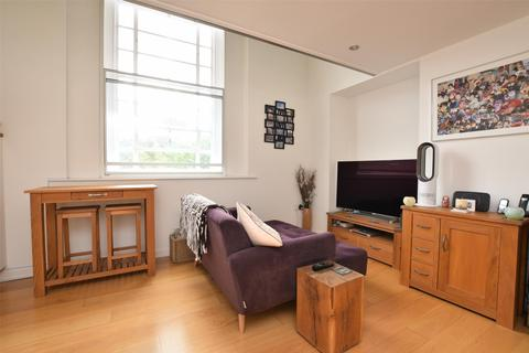 1 bedroom flat for sale - Holyoake Hall, 2a Holyoake Road, Oxford, Oxfordshire, OX3 8AE