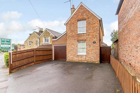 2 bedroom detached house for sale - Bramley